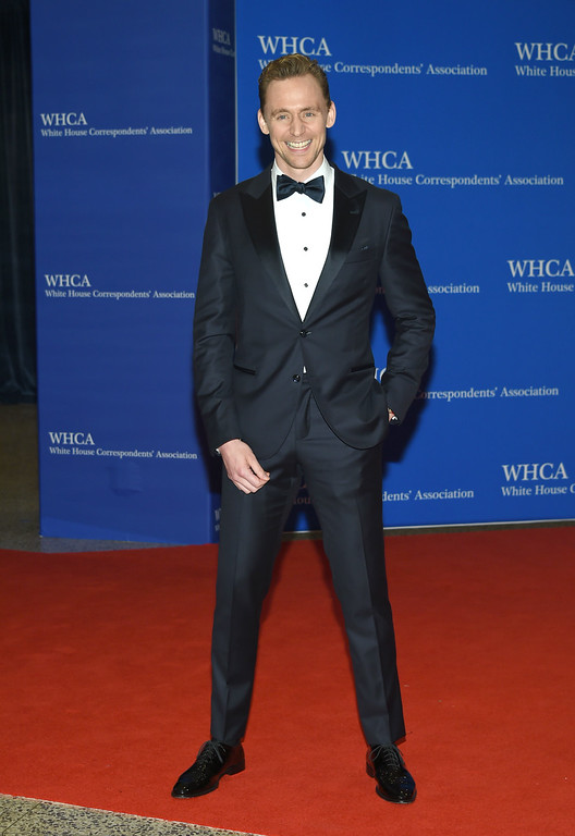 . Tom Hiddleston arrives at the White House Correspondents\' Association Dinner at the Washington Hilton Hotel on Saturday, April 30, 2016, in Washington. (Photo by Evan Agostini/Invision/AP)