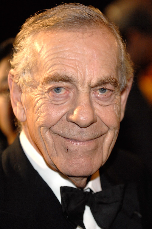 . CBS 60 Minutes correspondent Morley Safer attends the 18th Annual Broadcasting & Cable Hall of Fame Awards at the Waldorf Astoria Basildon Room on October 21, 2008 in New York City.  (Photo by Joe Corrigan/Getty Images)