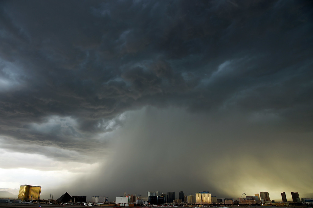 . A thunderstorm is seen northwest of the Las Vegas Strip on July 6, 2015 in Las Vegas, Nevada. The monsoon storm dropped heavy rain and hail in parts of the valley causing street flooding and power outages.  (Photo by Ethan Miller/Getty Images)