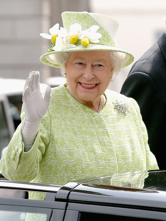 . Queen Elizabeth II looks out from the top of an open Range Rover on the monarch\'s 90th Birthday on April 21, 2016 in Windsor, England. Today is Queen Elizabeth II\'s 90th Birthday. The Queen and Duke of Edinburgh will be carrying out engagements in Windsor.  (Photo by Chris Jackson/Getty Images)