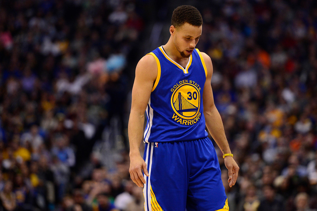 . DENVER, CO - JANUARY 13: Stephen Curry (30) of the Golden State Warriors resets for the start of the next play during the second half at the Pepsi Center on January 13, 2016 in Denver, Colorado. The Nuggets defeated the Warriors 112-110, giving the Warriors their third loss of the season. (Photo by Brent Lewis/The Denver Post)