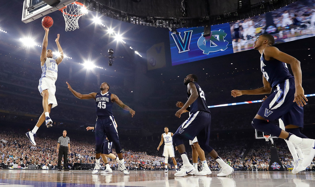 . North Carolina\'s Brice Johnson (11) goes up for a basket during the first half of the NCAA Final Four tournament college basketball championship game against North Carolina, Monday, April 4, 2016, in Houston. (AP Photo/Eric Gay)
