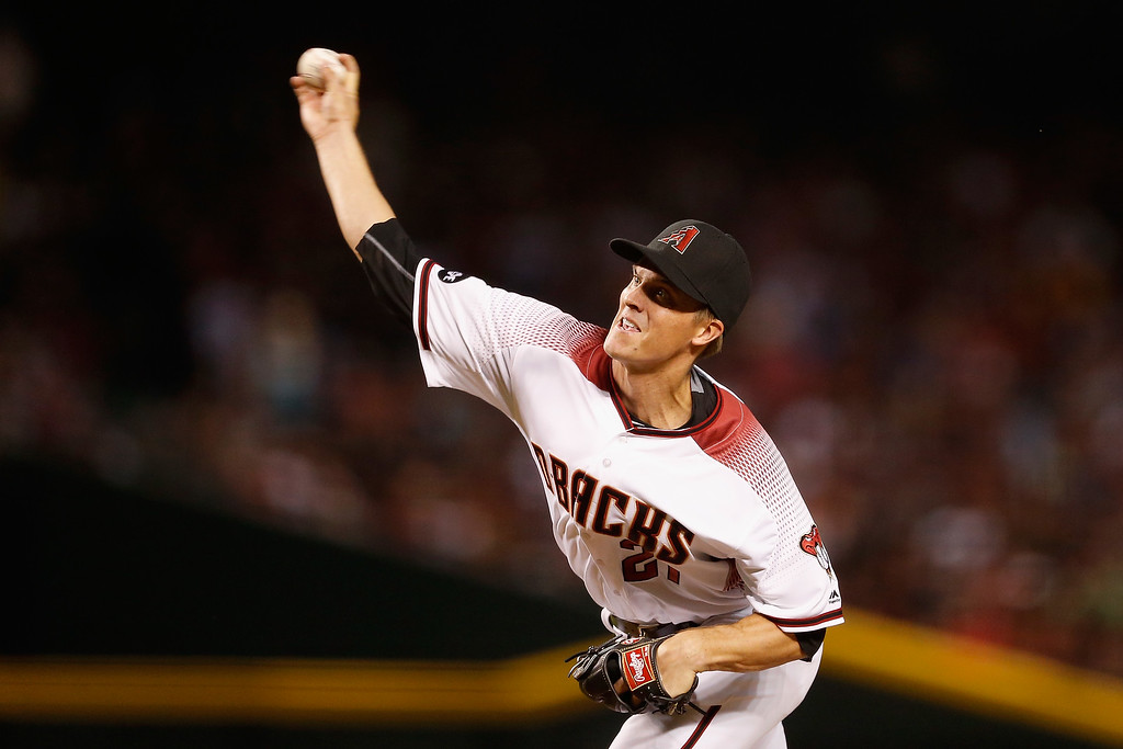 . PHOENIX, AZ - APRIL 04:  Starting pitcher Zack Greinke #21 of the Arizona Diamondbacks pitches against the Colorado Rockies during the second inning of the MLB opening day game at Chase Field on April 4, 2016 in Phoenix, Arizona.  (Photo by Christian Petersen/Getty Images)