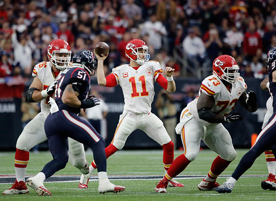 2016-01-09 Chiefs beat Texans 30-0 in playoff game
