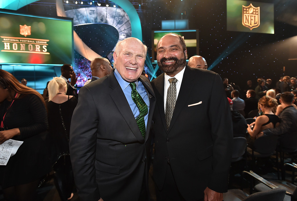 . Terry Bradshaw, left, and Franco Harris pose in the audience at the fifth annual NFL Honors at the Bill Graham Civic Auditorium on Saturday, Feb. 6, 2016, in San Francisco. (Photo by Jordan Strauss/Invision for NFL/AP Images)