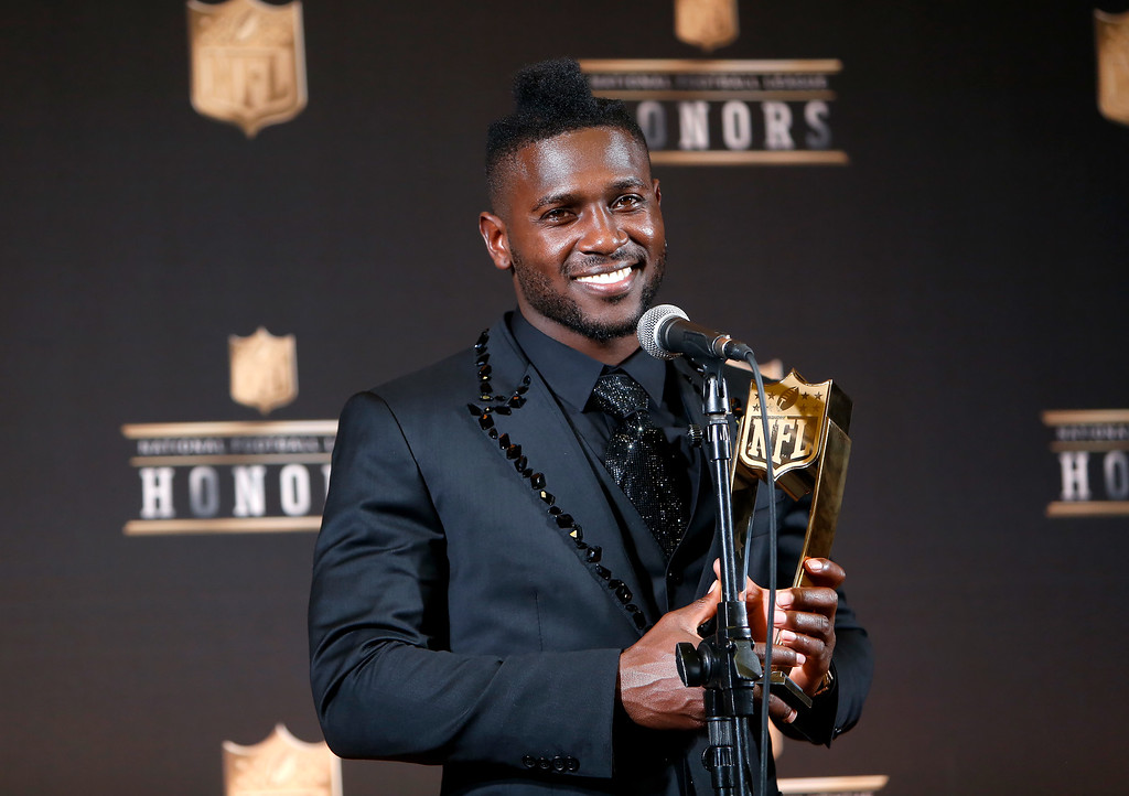 . Pittsburgh Steelers\' Antonio Brown poses in the press room with the NFL.com Fantasy Player of the Year award at the fifth annual NFL Honors at the Bill Graham Civic Auditorium on Saturday, Feb. 6, 2016, in San Francisco. (Photo by Alison Yin/Invision for NFL/AP Images)