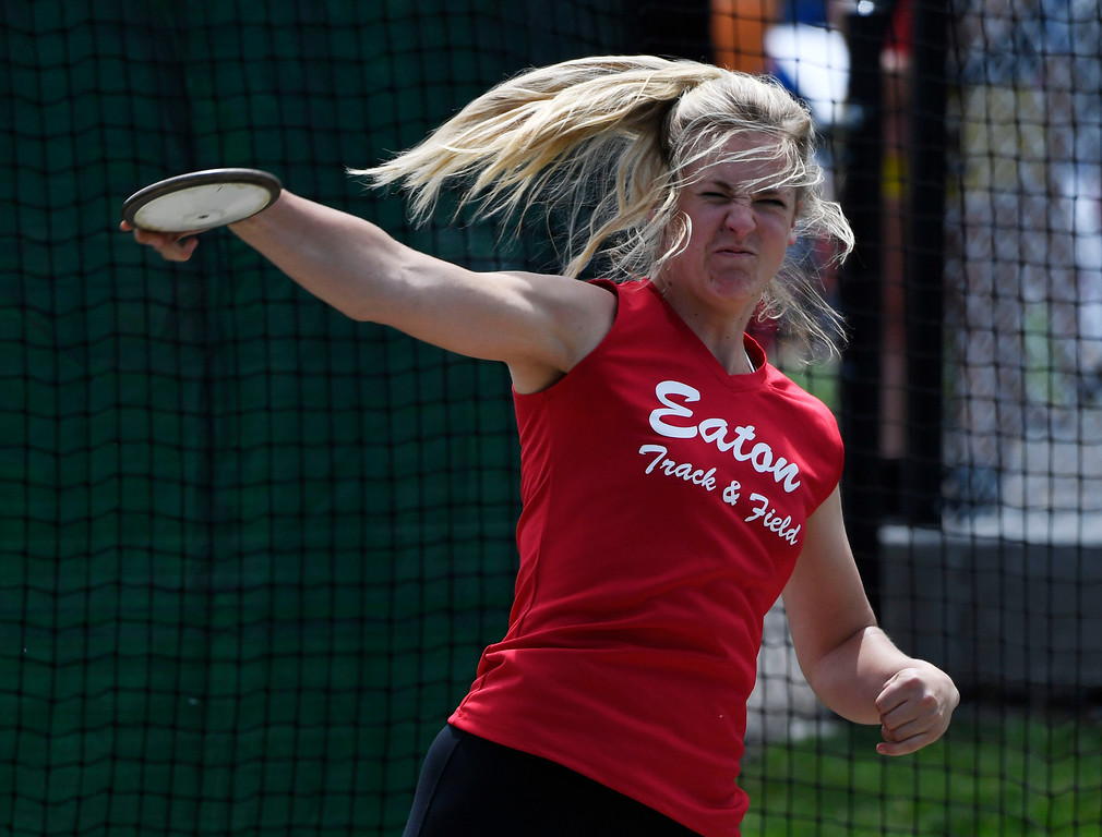". LAKEWOOD, CO - May 20: Discus thrower Tarynn Sieg, Eaton Reds, throws the discus during the girls 3A discus throw at the Colorado State High School Track and Field Championships at Jeffco Stadium May 20, 2016. Sieg won the competition with an earlier throw of 142\' 10"" (Photo by Andy Cross/The Denver Post)"