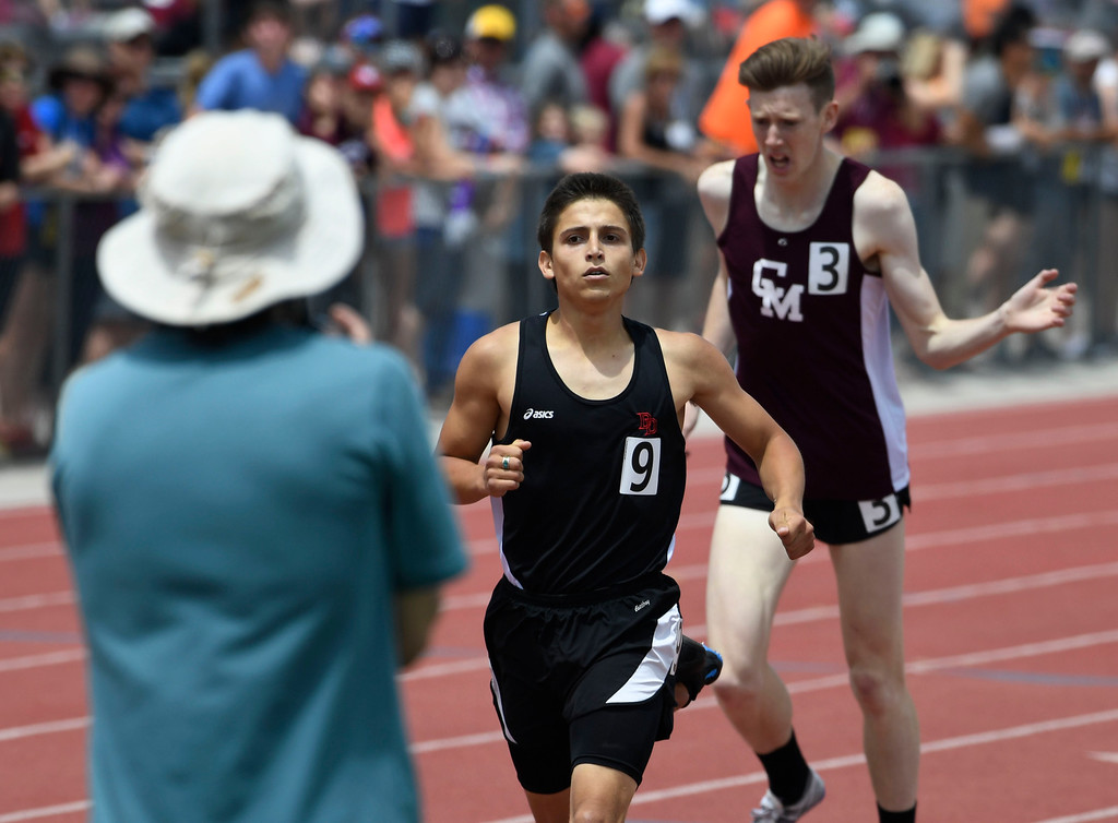 . LAKEWOOD, CO - May 20: David Moenning, left, edges out Thomas Staines, Cheyenne Mountain to win the boys 4a 800 meter run final at the Colorado State High School Track and Field Championships at Jeffco Stadium May 20, 2016. Moenning won with a tie of 1:52.26 (Photo by Andy Cross/The Denver Post)