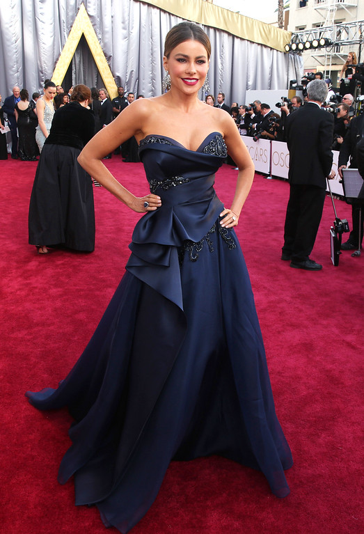 . Sofía Vergara arrives at the Oscars on Sunday, Feb. 28, 2016, at the Dolby Theatre in Los Angeles. (Photo by Matt Sayles/Invision/AP)
