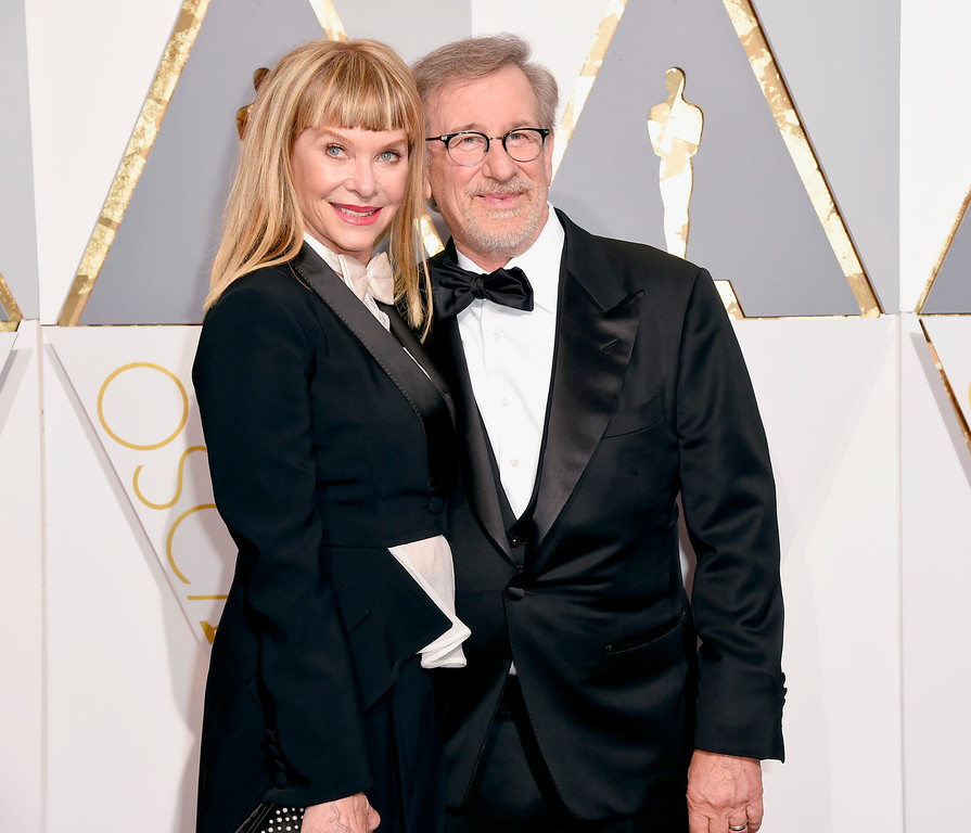 . Kate Capshaw, left, and Steven Spielberg arrive at the Oscars on Sunday, Feb. 28, 2016, at the Dolby Theatre in Los Angeles. (Photo by Dan Steinberg/Invision/AP)