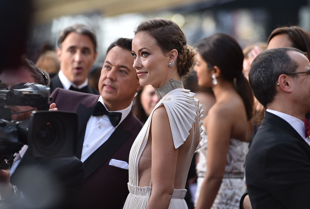 . Olivia Wilde arrives at the Oscars on Sunday, Feb. 28, 2016, at the Dolby Theatre in Los Angeles. (Photo by Jordan Strauss/Invision/AP)