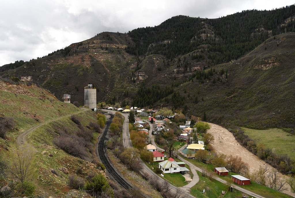 . As part of environmental reclamation work at the Oxbow Mine, a concrete coal silo, which was used for loading coal onto trains, will be demolished in Somerset, Colorado, April 29, 2016. The town has a rich history of coal mining dating back to the late 1800s. (Photo by RJ Sangosti/The Denver Post)