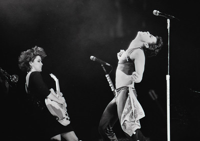 2016-04-21 Prince performing in Denver 1986