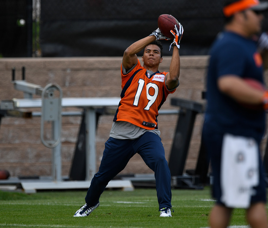 . Denver Broncos Kalif Raymond (19) catches a pass during rookie minicamp May 6, 2016 at UCHealth Training Facility. (Photo By John Leyba/The Denver Post)
