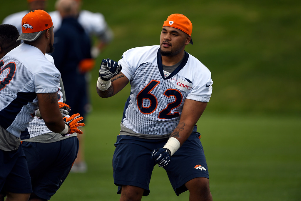 . Denver Broncos David Moala (62) runs through drills during rookie minicamp May 6, 2016 at UCHealth Training Facility. (Photo By John Leyba/The Denver Post)