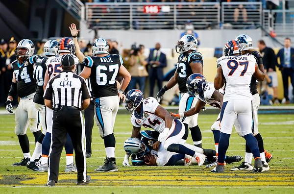 2016-02-07 Cam Newton sacks in Super Bowl 50