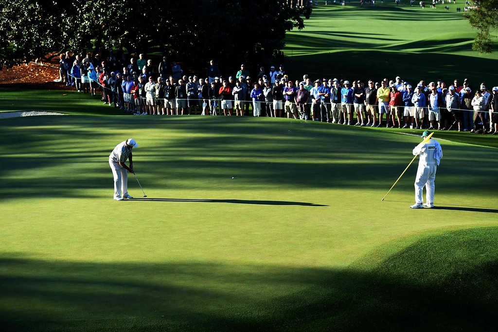 . Australia\'s Steven Bowditch putts on 1st hole during Round 1 of the 80th Masters Golf Tournament at the Augusta National Golf Club on April 7, 2016, in Augusta, Georgia. DON EMMERT/AFP/Getty Images