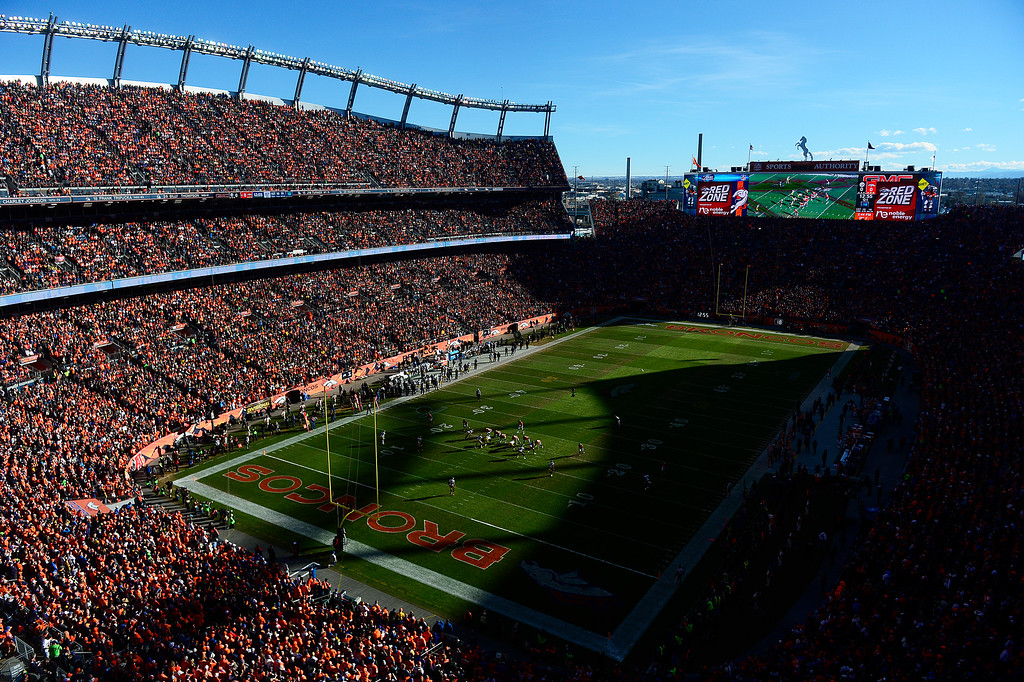 . Overview of the field during the first quarter while the Denver Broncos are on offense at Sports Authority Field at Mile High on January 17, 2016 in Denver, Colorado. Denver Broncos take on the Pittsburgh Steelers in the AFC Divisional Playoffs. (Photo by Brent Lewis/The Denver Post)