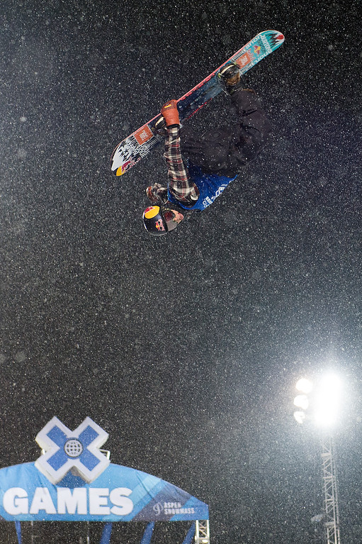. Ben Ferguson #802 competes during his first run of the men\'s snowboard halfpipe at Winter X Games 2016 Aspen at Buttermilk Mountain on January 30, 2016, in Aspen, Colorado. Ferguson won the silver medal after the event was canceled after one run because of snow. (Photo by Daniel Petty/The Denver Post)
