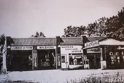 Mapleton Garage, Circa 1930s
