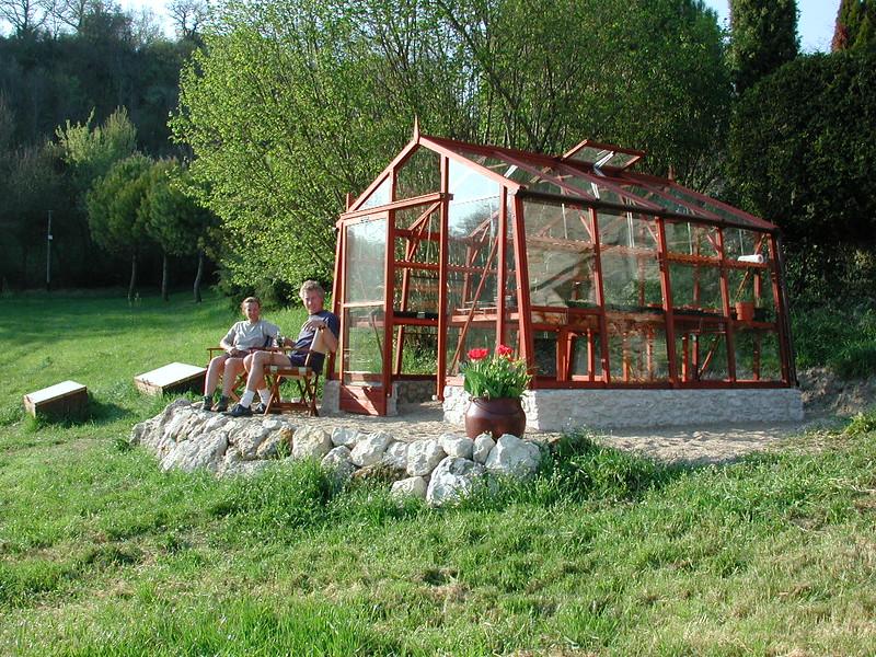 GreenhouseLindaDave2