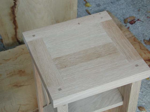 Web_SideTable_JulieChrisTable4