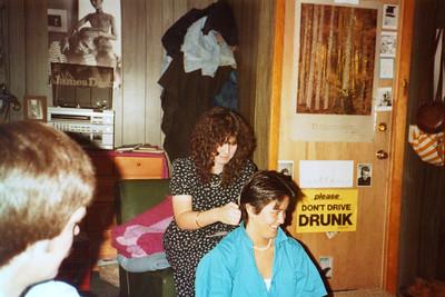 5/85 - Wendy's apartment in Burlington, Vt.