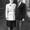 Oma und Opa Hirschberger an ihrem Hochzeitstag - e