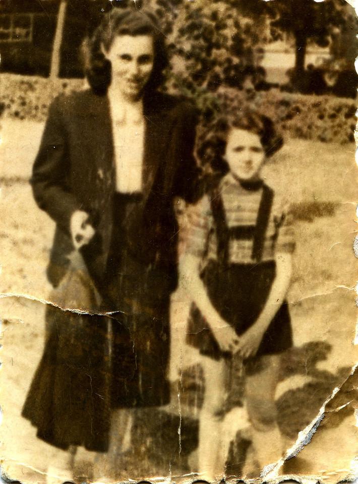 1952 Rose Ibi shopped