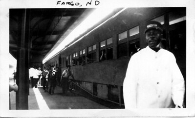 Train stop at St. Paul, July 30, 1935