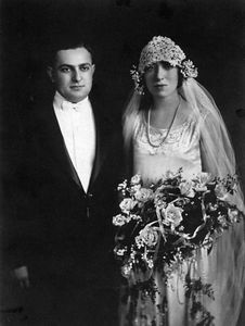 Joe and Sonia Walter's wedding, 1925