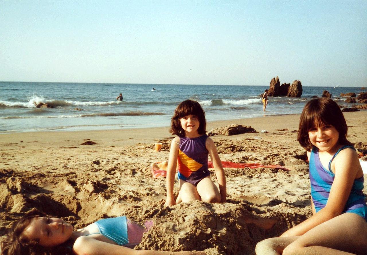 1014 Ann Danya Rebecca 1984_04