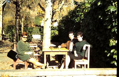 Regina, Pierre Cixous et sa femme Simone