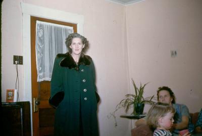 Ruth Richardson, Ceicil Baadsgaard, Evelyn Baadsgaard in foreground. 50's