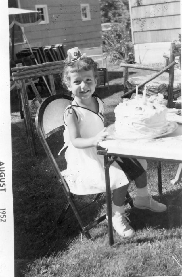 147 Ruth 1952_08