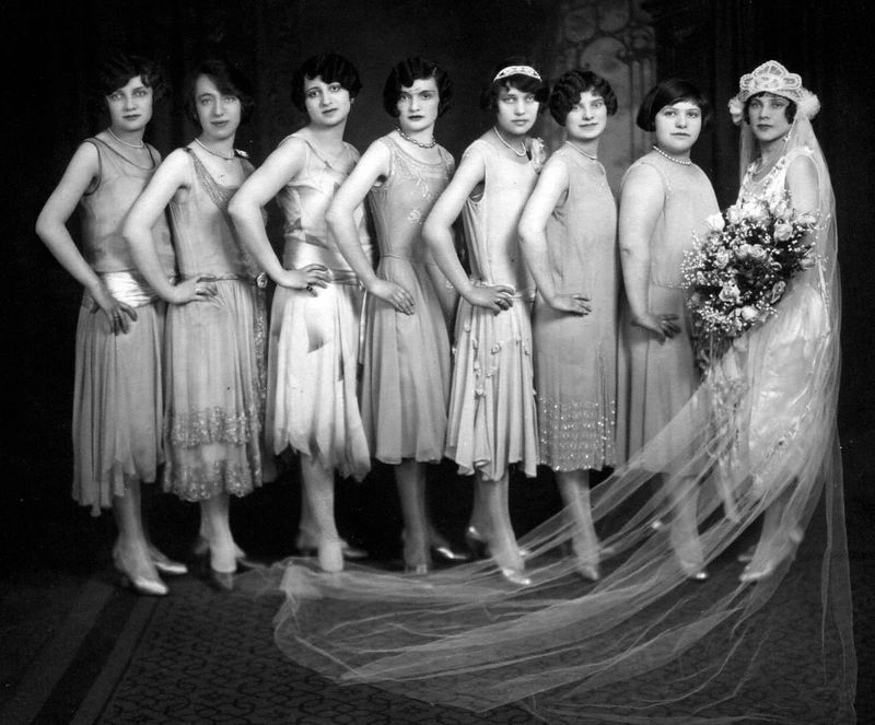 Helen's Wedding1926<br /> Goldie, Sonia, ?, ?, Ann, ?, ?, Helen