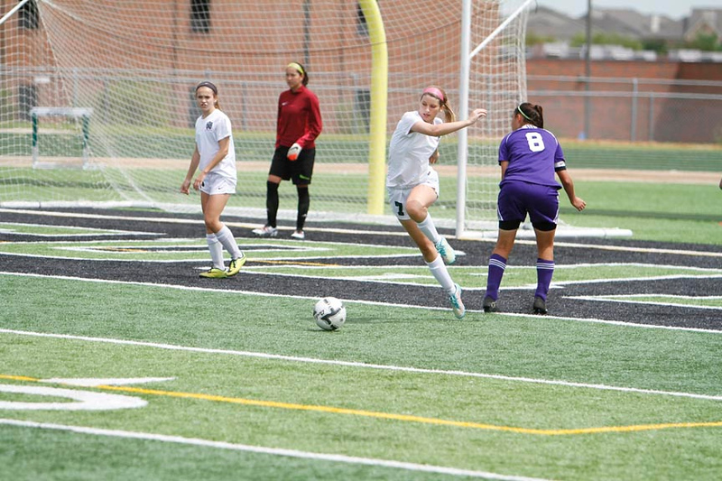 Kennedale Lady Wildcats take on Abilene Wylie in 4a regional playoffs; Kennedale, TX April 10, 2015 (photo/Russ Rendon)