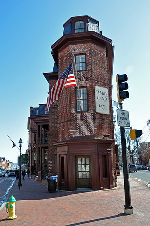 The narrow corner end of the Maryland Inn
