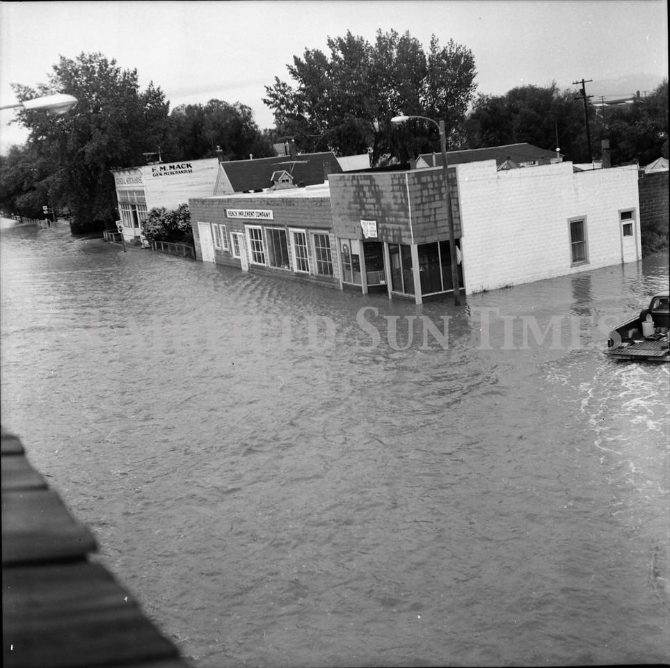 FF Sun Times 1975 Augusta and Sun RIver Flooding_20151112_0045