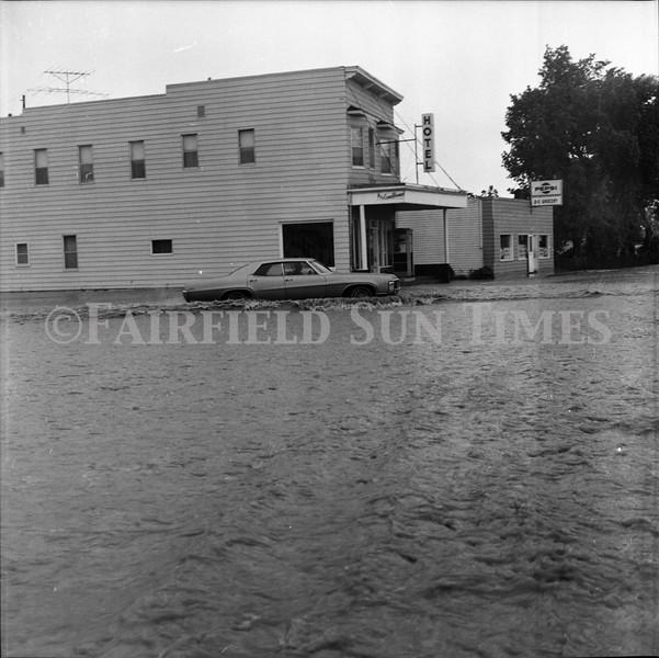 FF Sun Times 1975 Augusta and Sun RIver Flooding_20151112_0036