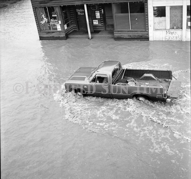 FF Sun Times 1975 Augusta and Sun RIver Flooding_20151112_0046