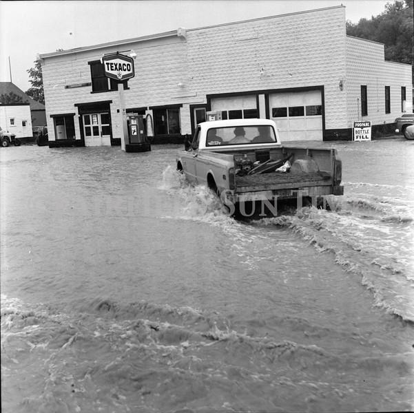 FF Sun Times 1975 Augusta and Sun RIver Flooding_20151112_0034