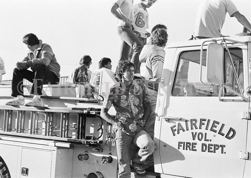 1975 10 09 FFT41 Homecoming Royalty and Parade (5)