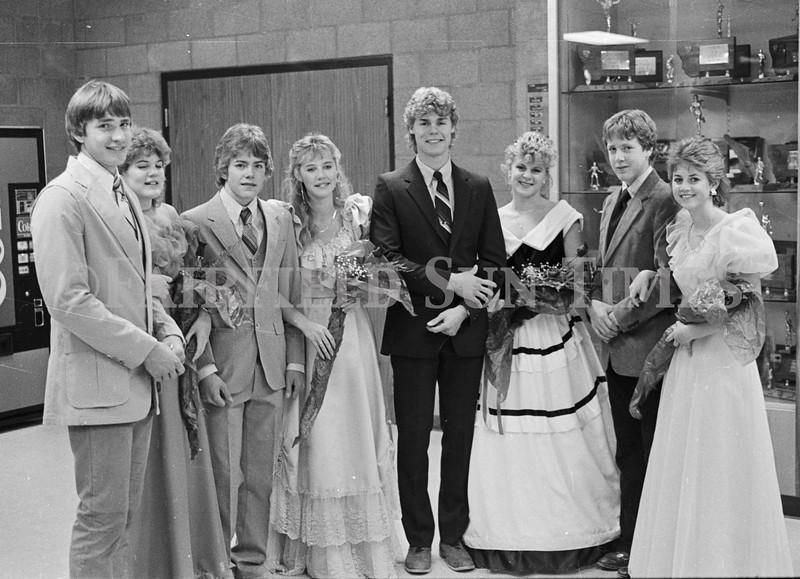 1975 10 09 FFT41 Homecoming Royalty and Parade (8)