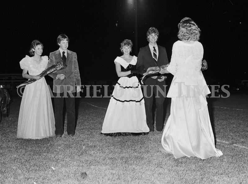 1975 10 09 FFT41 Homecoming Royalty and Parade (28)