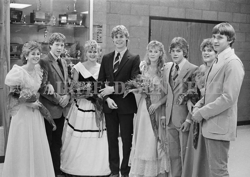 1975 10 09 FFT41 Homecoming Royalty and Parade (30)