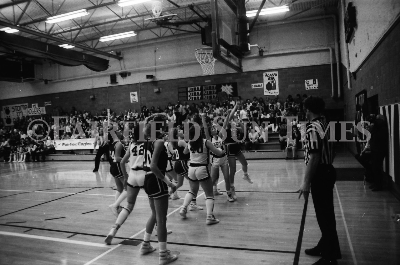 1985 11 14 FF Sun Times Dist 6 Girls BB tourney Eages v Chesgter, Choteau, Simms_20160820_0176