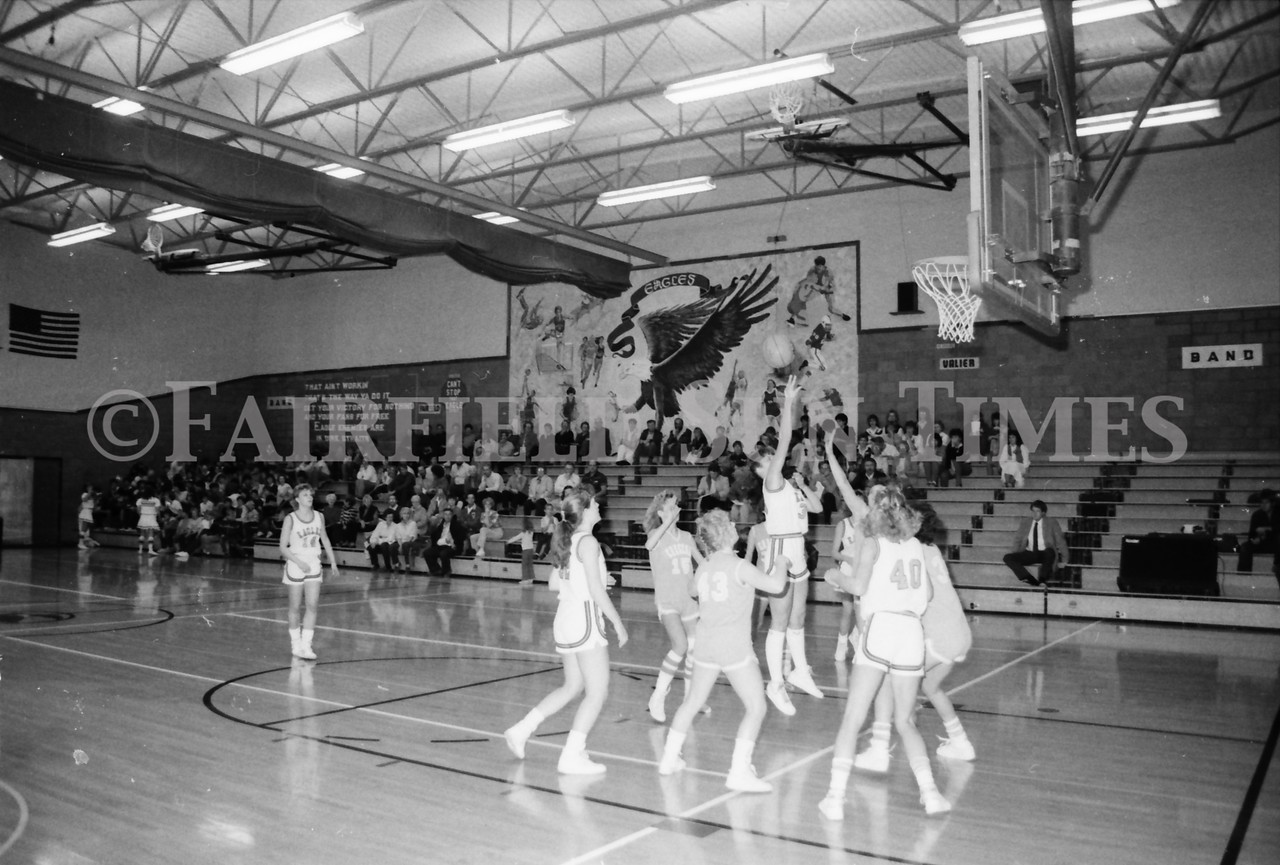 1985 11 14 FF Sun Times Dist 6 Girls BB tourney Eages v Chesgter, Choteau, Simms_20160820_0167