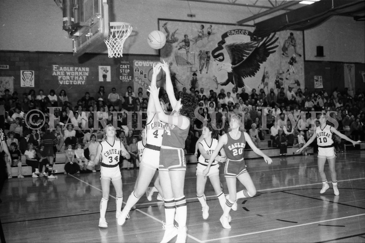1985 11 14 FF Sun Times Dist 6 Girls BB tourney Eages v Chesgter, Choteau, Simms_20160820_0159