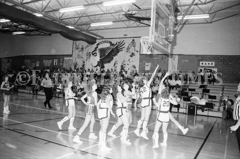 1985 11 14 FF Sun Times Dist 6 Girls BB tourney Eages v Chesgter, Choteau, Simms_20160820_0184